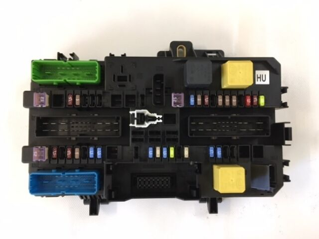 Fuse Box For Vauxhall Zafira : Genuine vauxhall astra h zafira b rear fuse box assembly