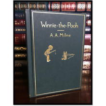 Winnie the Pooh Deluxe Classic Gift Edition New Illustrated Hardcover A.A. Milne