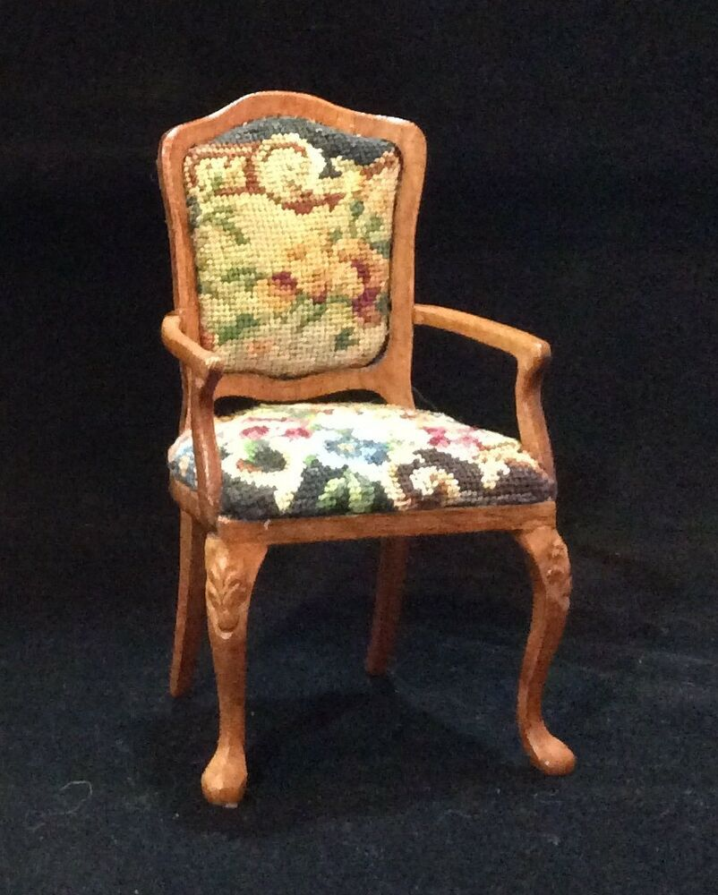 Bespaq Miniature Dollhouse Arm Chair With Floral Petit