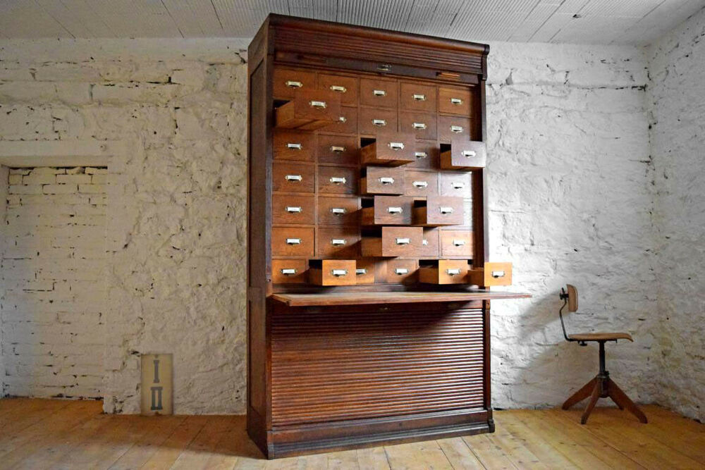 Apothecary Cabinet Antique drawers Cabinet rolladenschrank Old ...