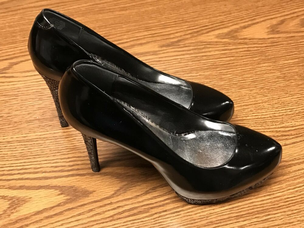 136f50b14bc Details about Simply Vera Wang Women s Melrose Black Platform Snake High  Heel Shoes Sz 9M