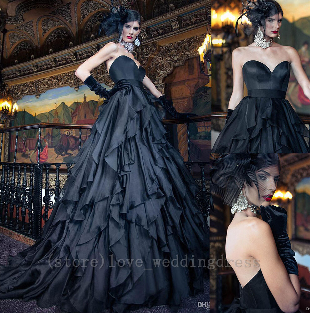 Halloween Wedding Gowns: Gothic Vintage Wedding Dresses Black Halloween Wedding