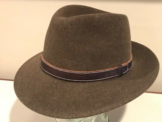 4393e792859ed Details about Bailey of Hollywood Widebrim Fedora 100% Wool Leather band  USA Hat Medium New