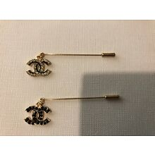 Chanel VIP gift pin/brooch with purchase set of 2. New