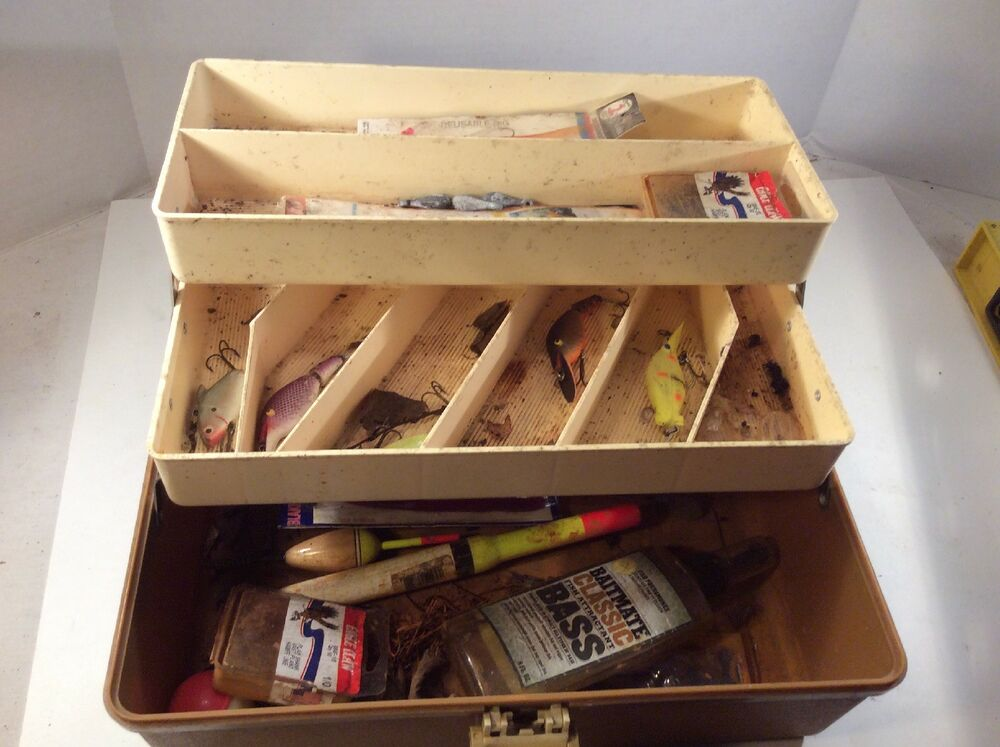 Vintage Loaded Old Pal Tackle Box Lot Lures Bass Fly
