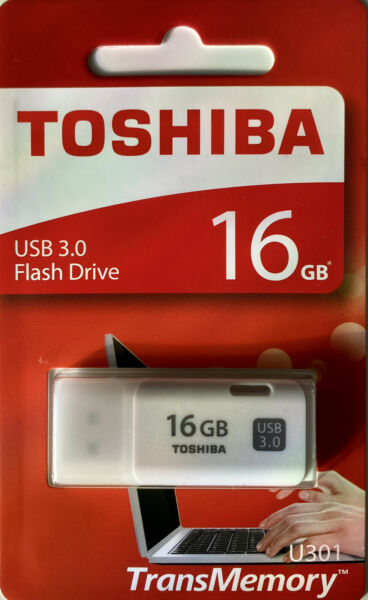 Toshiba 16GB  TransMemory U202 USB 2.0 Flash MEMORY Drive USB Stick Backup white