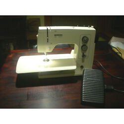 Kyпить Vintage Bernina 801 Matic Electronic Sewing Machine with Pedal and Case NICE на еВаy.соm