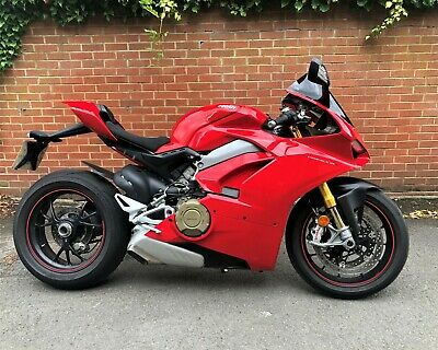 Ducati Panigale V4 S 2018 5338 Miles WAS £17995!