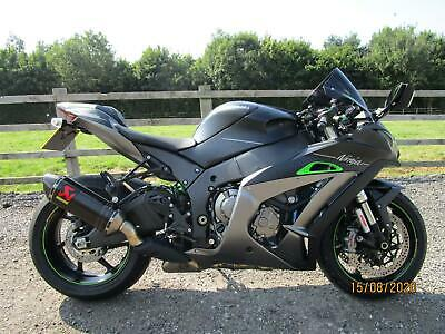 2019 Kawasaki ZX 10R SE Performance.Black.As New 220 Miles.FREE UK DELIVERY