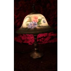 Kyпить Vintage Style Reverse Painted Boudoir Table Lamp  на еВаy.соm