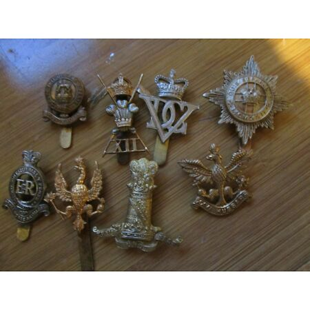 img-A COLLECTION OF BRITISH MILITARY CAP BADGES FOR CAVALRY REGIMENTS