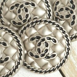 Kyпить Chanel Buttons STAMPED 2pc CC Silver 23mm Vintage Style Quilted AUTH!!! на еВаy.соm