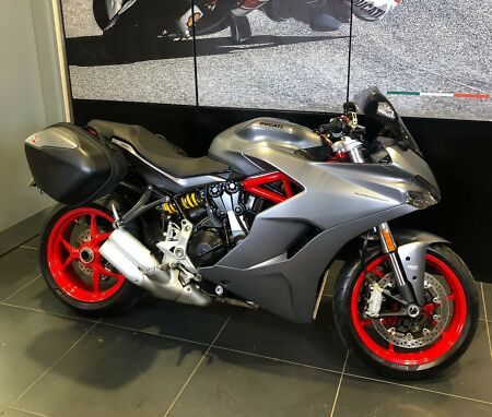 2019 Ducati SuperSport Grey Panniers Used Approved ex-demo 3400 miles warranty