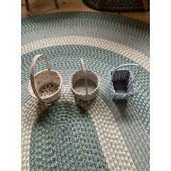 lot of 3 Easter baskets white and blue 8  and 6