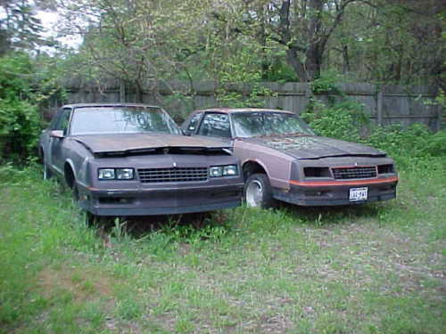 2 1986 Monte Carlo Ss Parts Car Projects Nice Body No