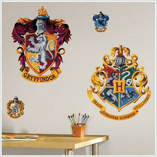 Hogwarts crests wall stickers harry potter mural room - Hogwarts decal ...