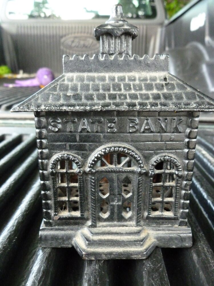 great vintage cast iron state bank still bank ebay. Black Bedroom Furniture Sets. Home Design Ideas