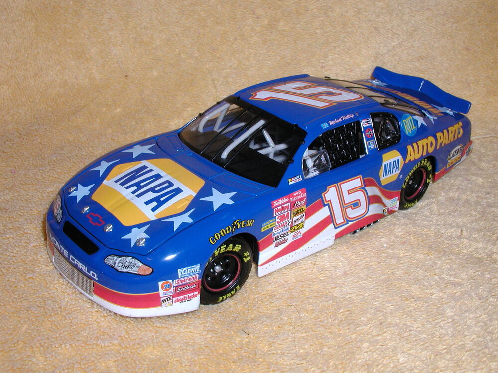 michael waltrip napa auto parts stars stripes 2001 monte carlo 1 24 ebay. Black Bedroom Furniture Sets. Home Design Ideas