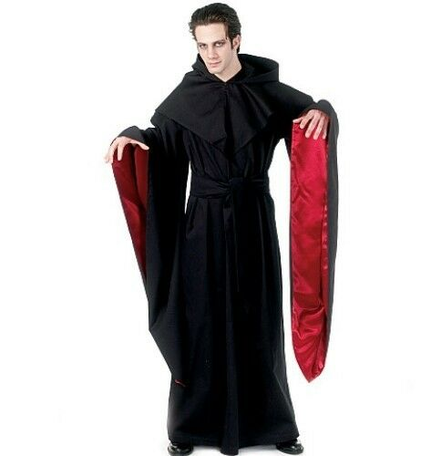 Robe And Wizard Hat: PATTERN McCALLS Halloween Robe Cape W Hood Witch Hat