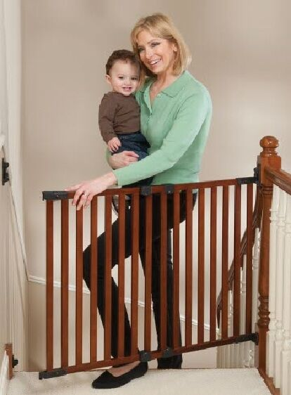 Kidco G2301 Angle Mounted Wood Safeway Baby Stairway