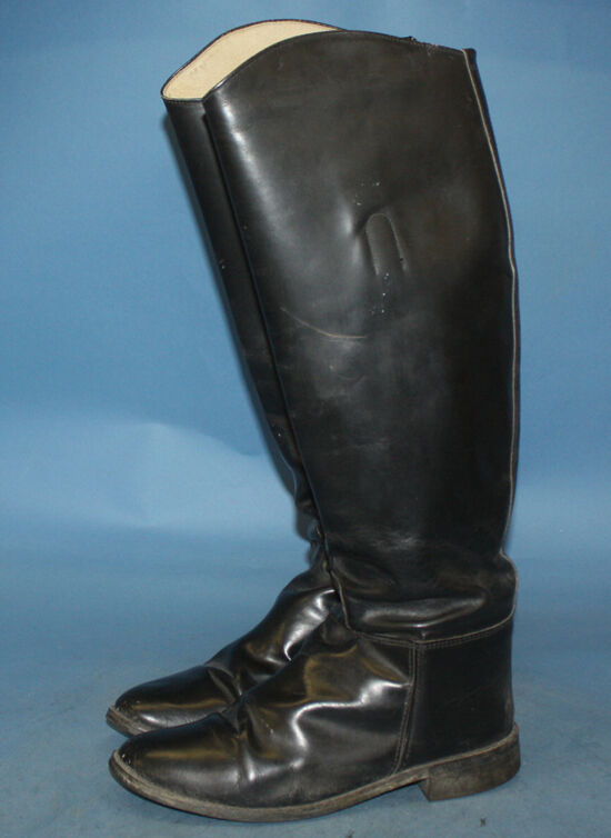 vintage the knee black leather equestrian slip