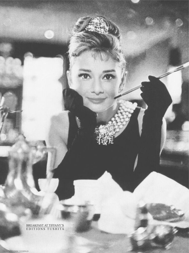 celebrity art print audrey hepburn breakfast at tiffany 39 s 24x32 smoking poster ebay. Black Bedroom Furniture Sets. Home Design Ideas