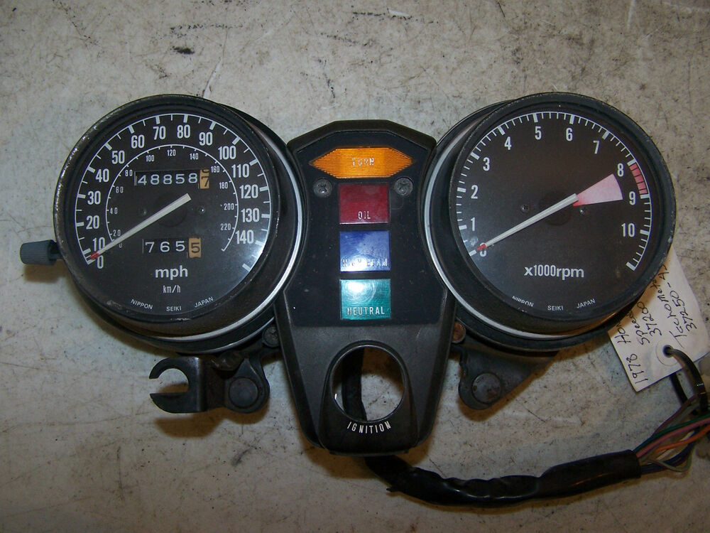 Honda Gl1000 Goldwing Rpm Tachometer Mph Speedometer 37250