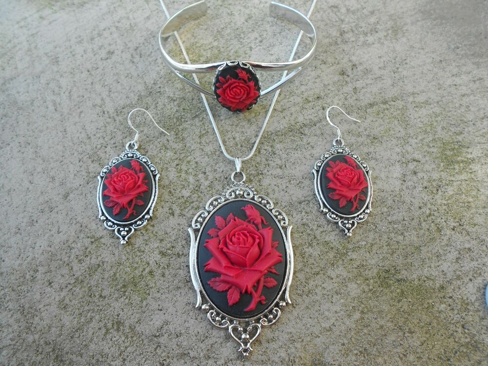Unique red rose black cameo necklace bracelet and for Red black and green jewelry