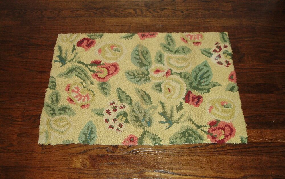 Vintage Floral Bath Mat Small Woven Rug Excellent