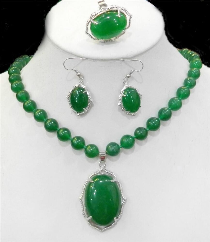 Natural charming green jade gemstone necklace ring earring for Pictures of jade jewelry