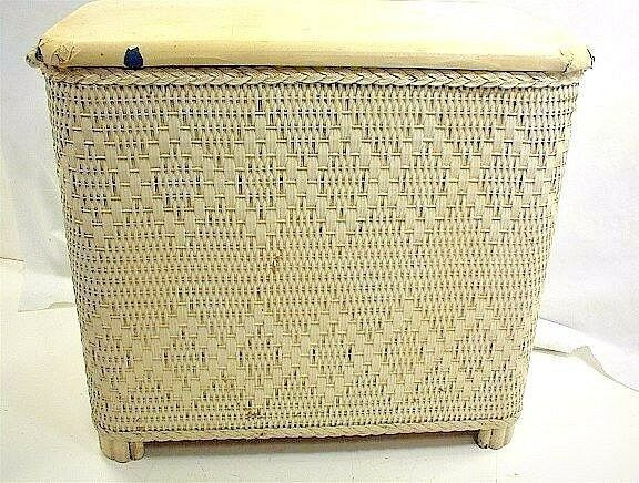 Vintage small white wicker clothes hamper laundry venting bathroom home 17 h ebay - Rattan clothes hamper ...