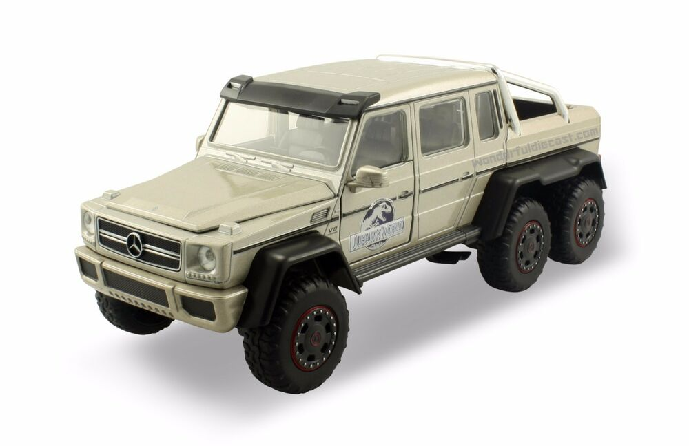 Jada mercedes benz g63 amg 6x6 jurassic world 1 24 scale for Mercedes benz suv models list
