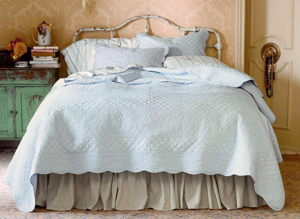 New Simply Shabby Chic Vintage Beach Cottage Coverlet Set