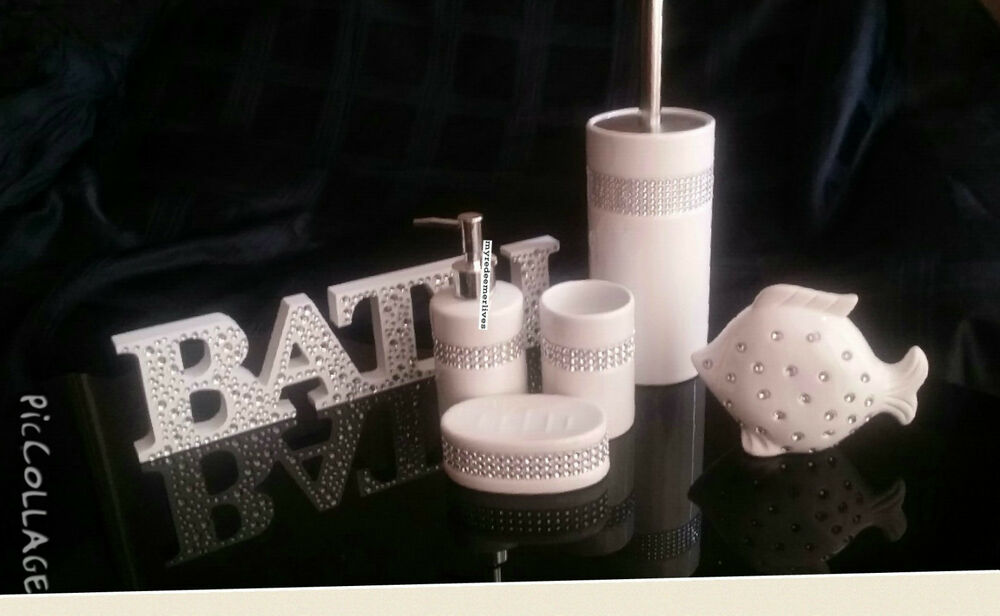 Diamante bathroom accessories black bling diamante for Black bling bathroom accessories