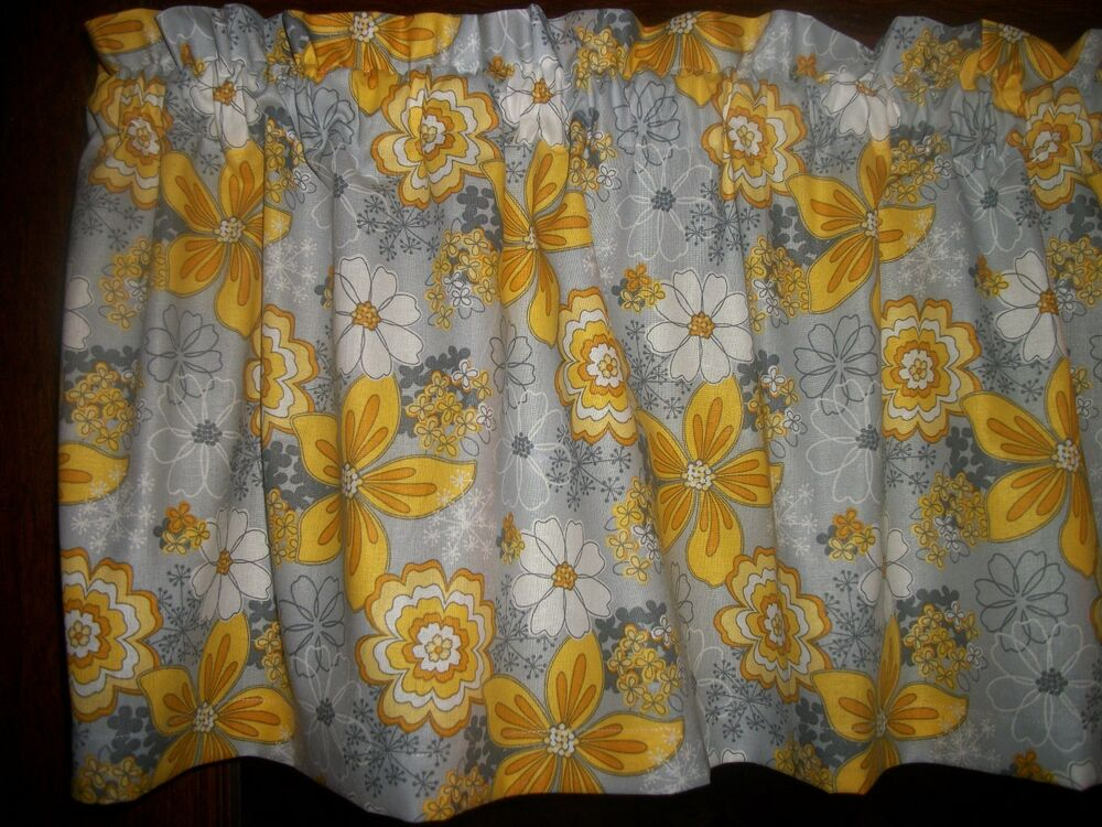 Gray Yellow Flower Floral Baby 39 S Breath Retro Bedroom