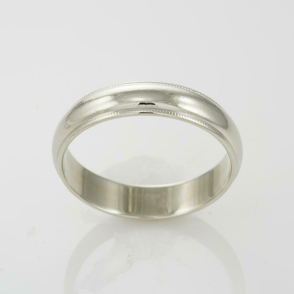 White Gold Bands: 14k White Gold Men's Milgrain Wedding Band - Size 10
