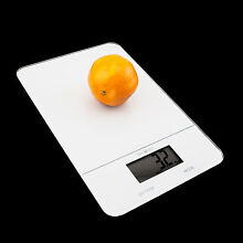 11lbs/5Kg LCD Kitchen Digital Scale Postal Weight Electronic Food Diet Scale