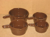 Longaberger Pottery Set of 4 Measuring Cups Chocolate mint in box, never used