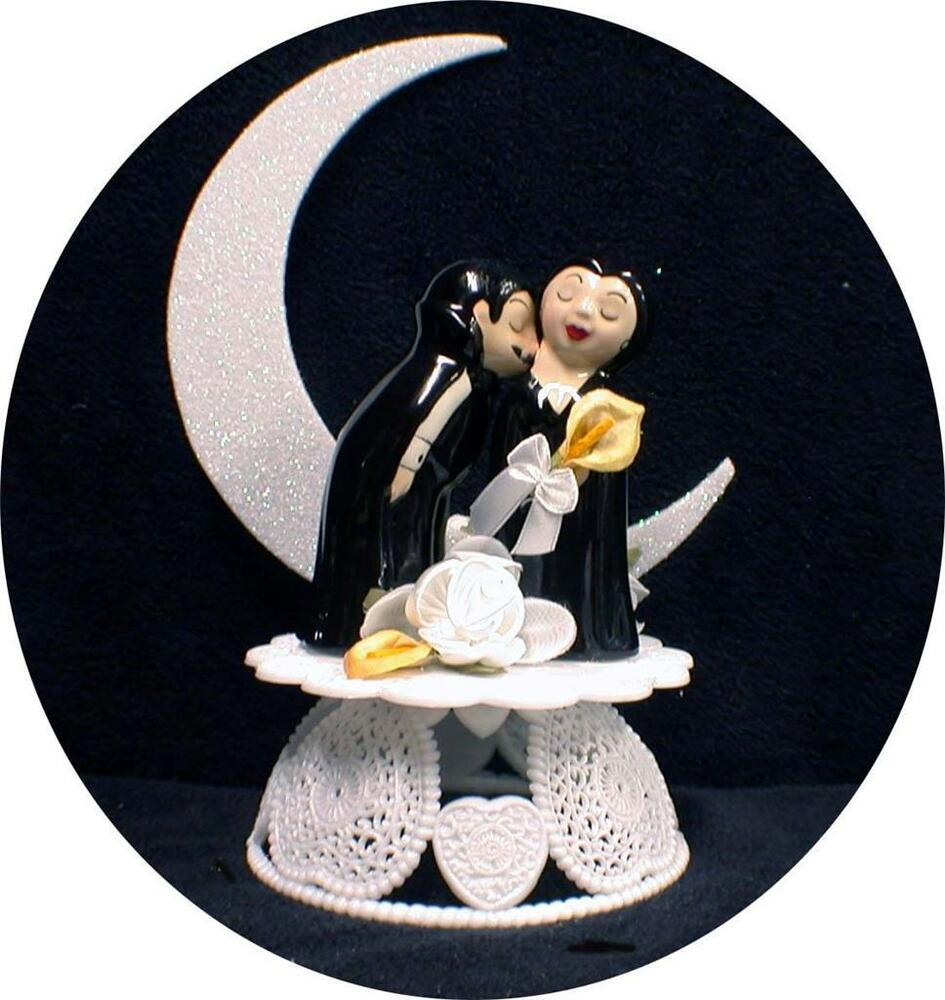 Halloween Bride And Groom Cake Topper