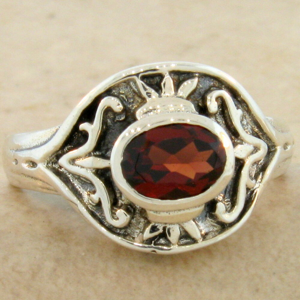 genuine garnet antique style 925 sterling silver ring size