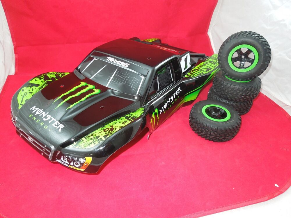 TRAXXAS SLASH MONSTER ENERGY Body + 2WD GREEN / BLACK