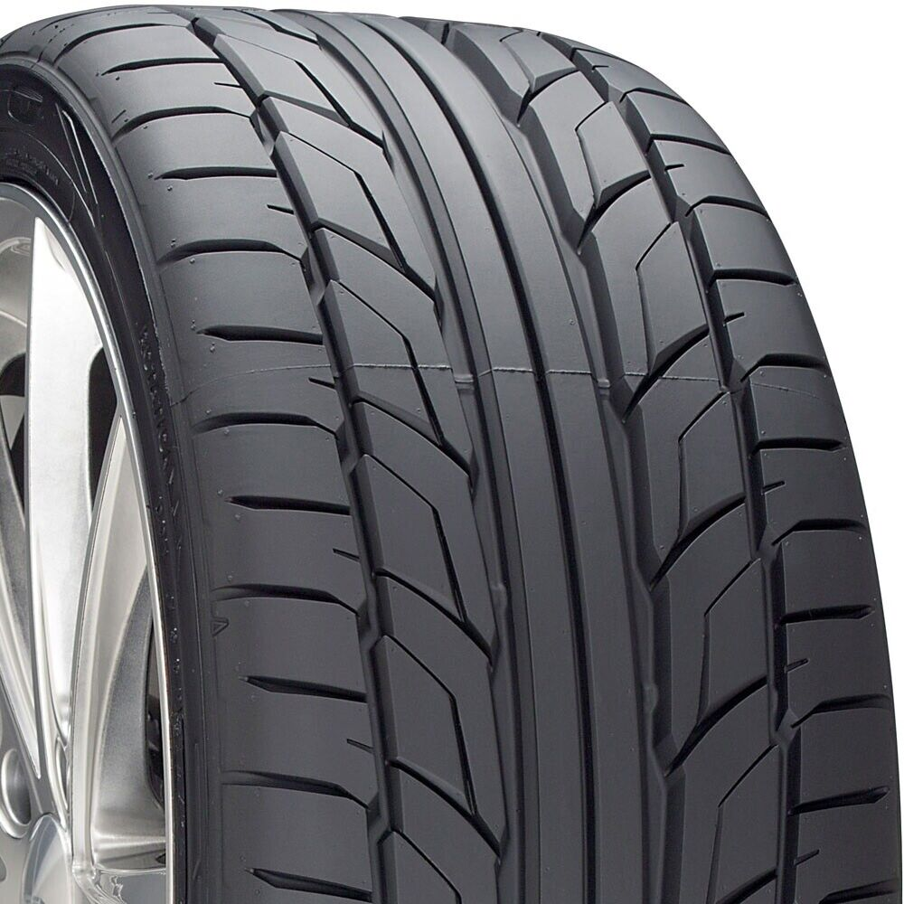2 new 255 40 19 nitto nt 555 g2 40r r19 tires 18550 ebay. Black Bedroom Furniture Sets. Home Design Ideas