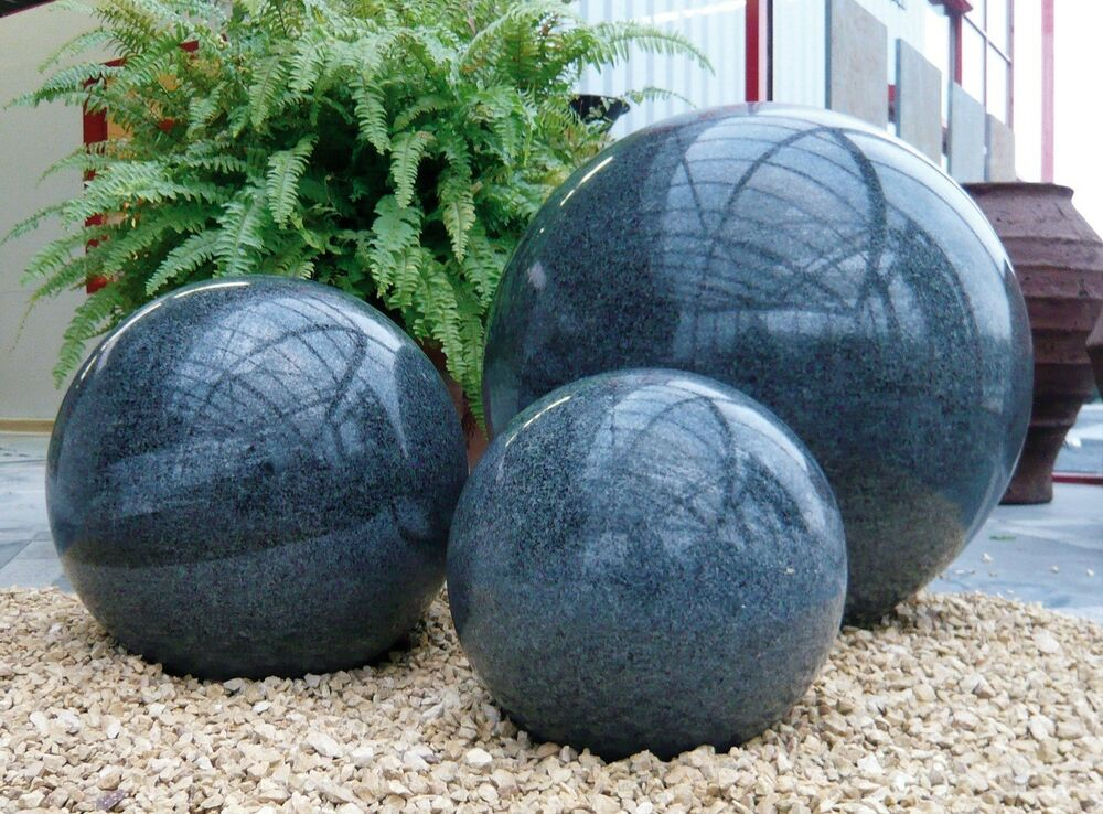 granitkugel poliert anthrazit 30 cm dekokugel gartenkugel kugel garten ebay. Black Bedroom Furniture Sets. Home Design Ideas