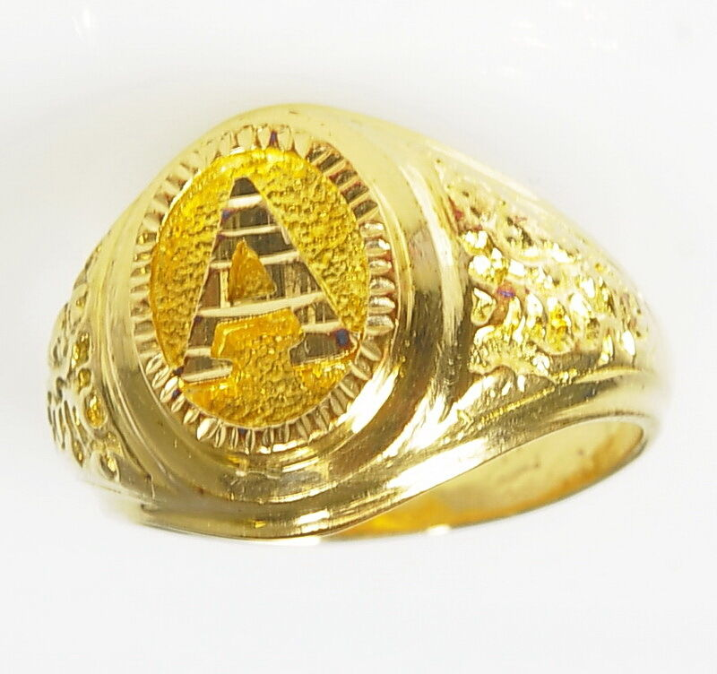 gents mens 750 18k yellow gold nugget style a initial handsome mens ring ebay. Black Bedroom Furniture Sets. Home Design Ideas
