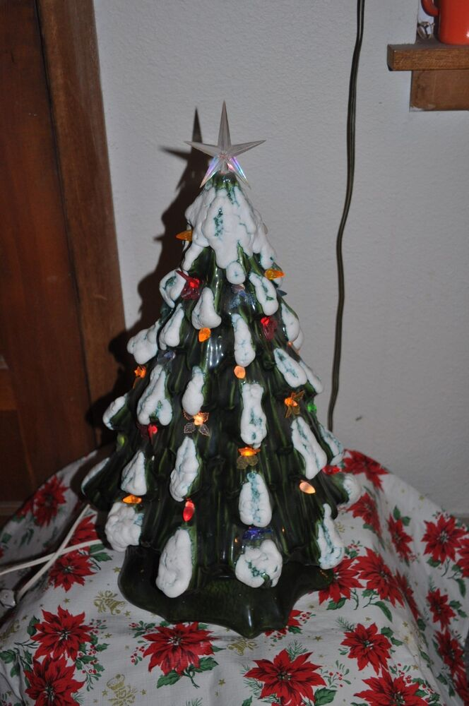 green ceramic 21 table top christmas tree on stand one of a kind ebay. Black Bedroom Furniture Sets. Home Design Ideas