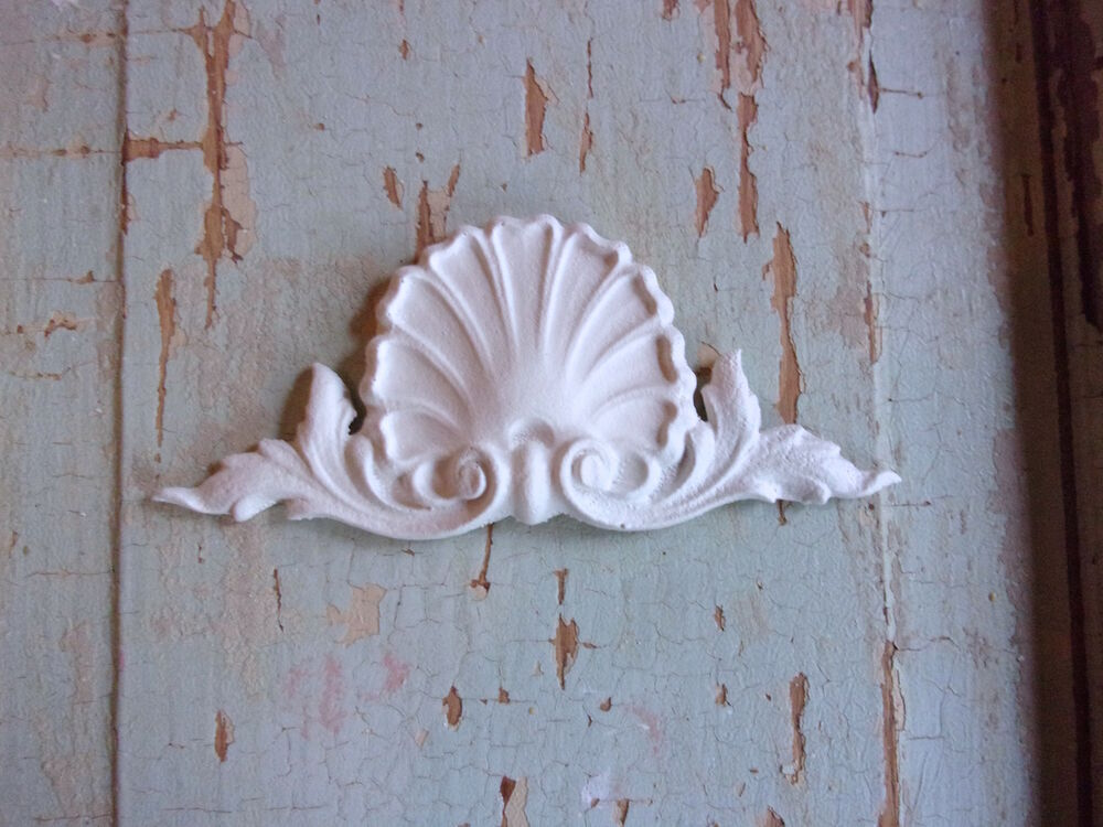 Shabby N Chic Furniture Appliques Architectural Crest