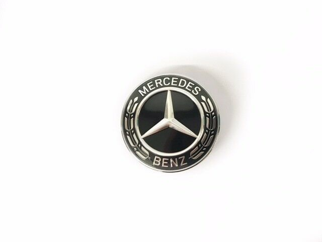 mercedes benz emblem motorhaube schwarz c klasse w204. Black Bedroom Furniture Sets. Home Design Ideas