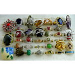 BEAUTIFUL MODERN & MORE COSTUME STATEMENT FASHION COCKTAIL 36 PIECES RING LOT!
