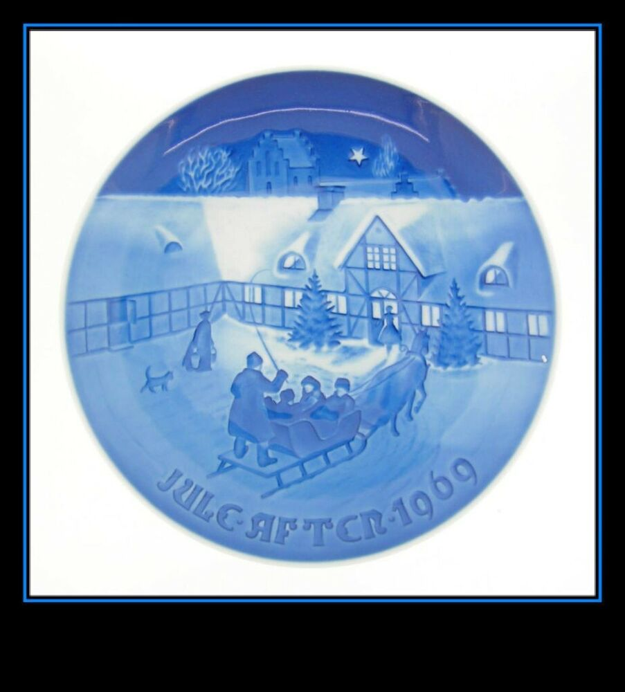"""My Bing History: BING AND GRONDAHL 1969 """"ARRIVAL OF CHRISTMAS GUESTS"""