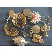 Vintage lot of 12 pins brooch as is junk drawer parts & pieces as is   lot 14.60
